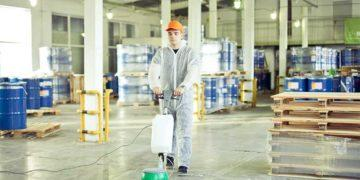 Уборка производственных помещений, складов
